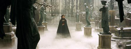 The Phantom Of The Opera wallpaper containing a fountain titled POTO