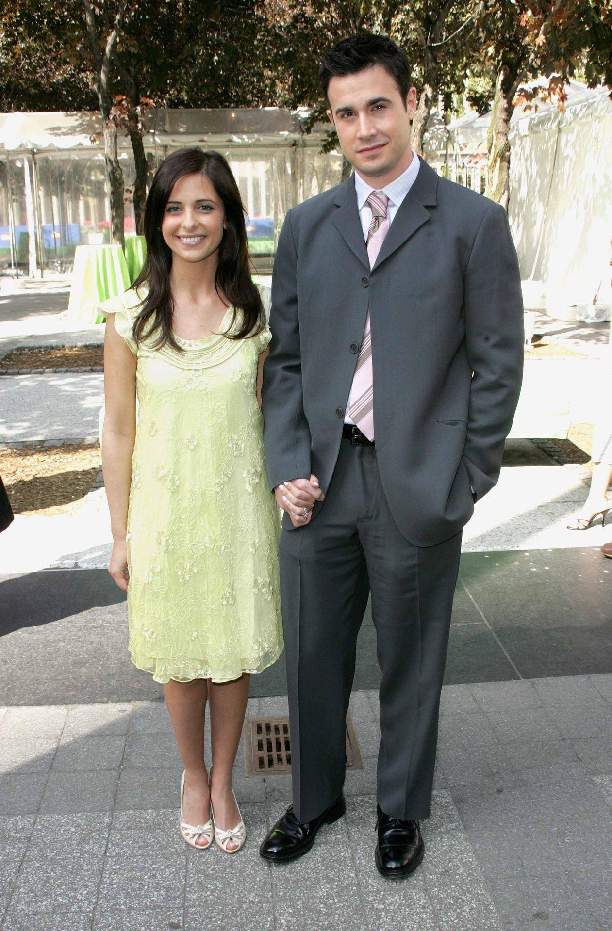 Sarah Michelle Gellar couple