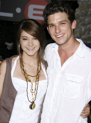 The Secret Life of The American Teenager kertas dinding called Shailene Woodley & Daren Kagasoff