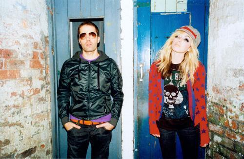 the ting tings Hintergrund titled The Ting Tings