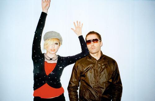 the ting tings Hintergrund possibly with a workwear, a green beret, and a schütze titled The Ting Tings