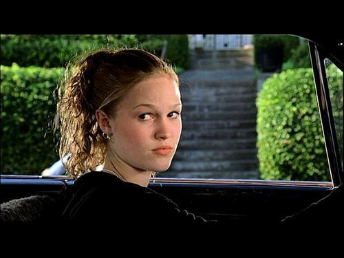 Julia Stiles wallpaper entitled 10 Things I Hate About You
