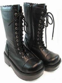 Таалагдсан хувцасныхаа зургийг тавьцгаая.... Gothic-Lolita-Boots-lolita-fashion-1775480-220-293