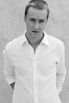 Edward Norton fond d'écran titled HOT!!