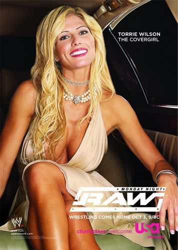 Professional Wrestling wallpaper called Monday Night RAW - Torrie Wilson