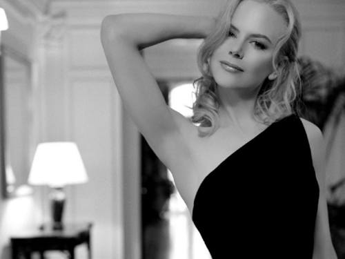 Nicole Kidman kertas dinding containing a leotard, tights, and a portrait called Nicole Kidman