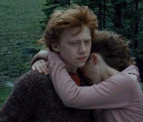 Ron and Hermione - romione Photo
