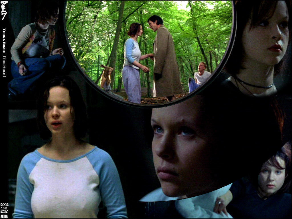 Thora Birch - Picture Gallery