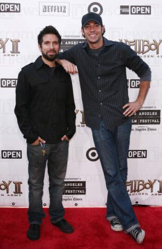Zachary Levi And Joshua Gomez Chuck Photo 1739737 Fanpop Joshua gomez we have 664 records for joshua gomez ranging in age from 21 years old to 48 years old. fanpop