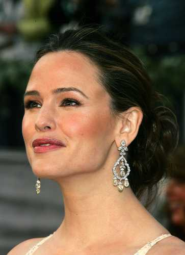 jennifer garner wallpaper containing a portrait entitled 2006 Oscars