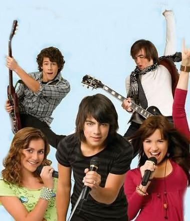 http://images1.fanpop.com/images/photos/1800000/CAMP-ROCK-camp-rock-1875427-379-441.jpg