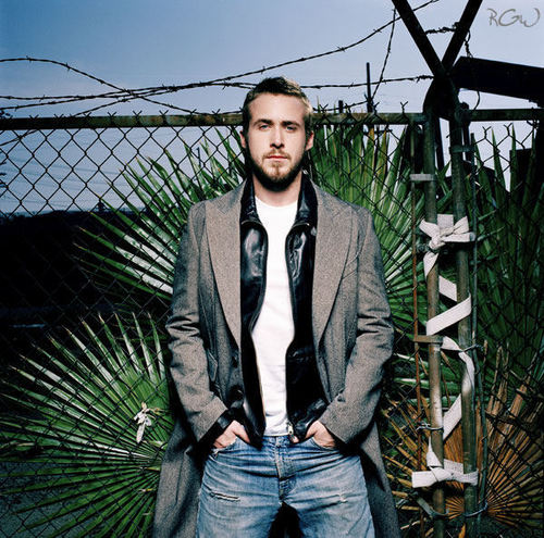 Ryan Gosling wallpaper with a chainlink fence titled Flaunt Photoshoot