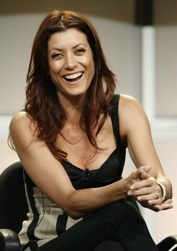 Kate Walsh fond d'écran probably containing skin and a portrait titled Kate Walsh
