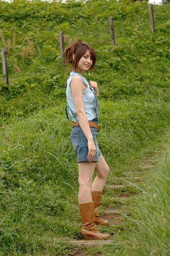 Leah's photoshoot for website thông tin các nhân