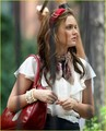 Leighton Filming GG S2 - blair-waldorf photo