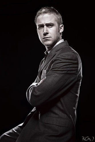Ryan Gosling wallpaper probably with a concert and a business suit called Ryan
