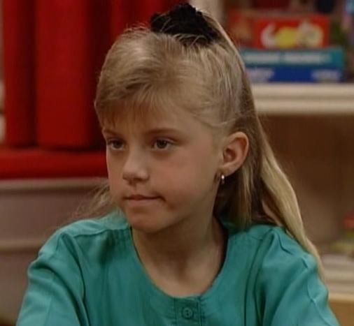 http://images1.fanpop.com/images/photos/1800000/Stephanie-Tanner-full-house-1848010-506-467.jpg