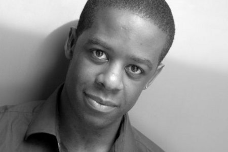 Adrian Lester  - hustle Photo