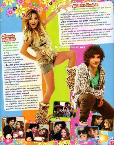 Brenda in the Patito Feo magazine
