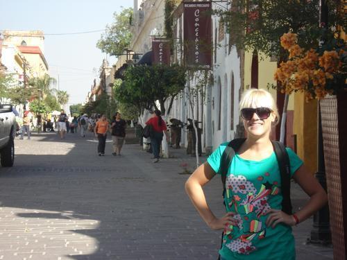 Camila Salazar (Caterina)