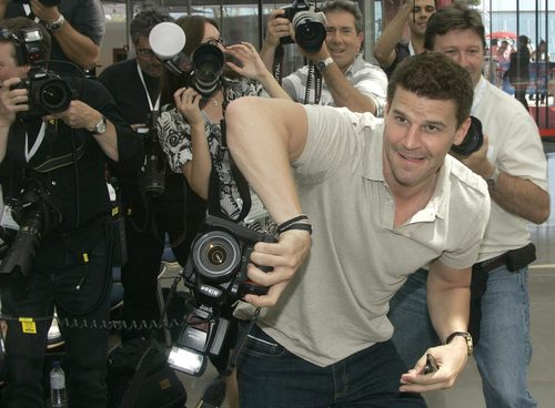 David Boreanaz wallpaper containing a gasmask called David Boreanaz