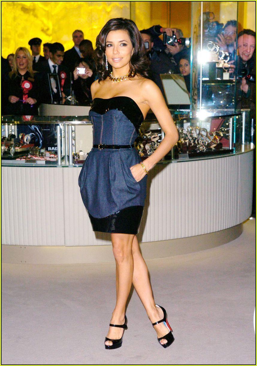Фото евы лонгории в платье