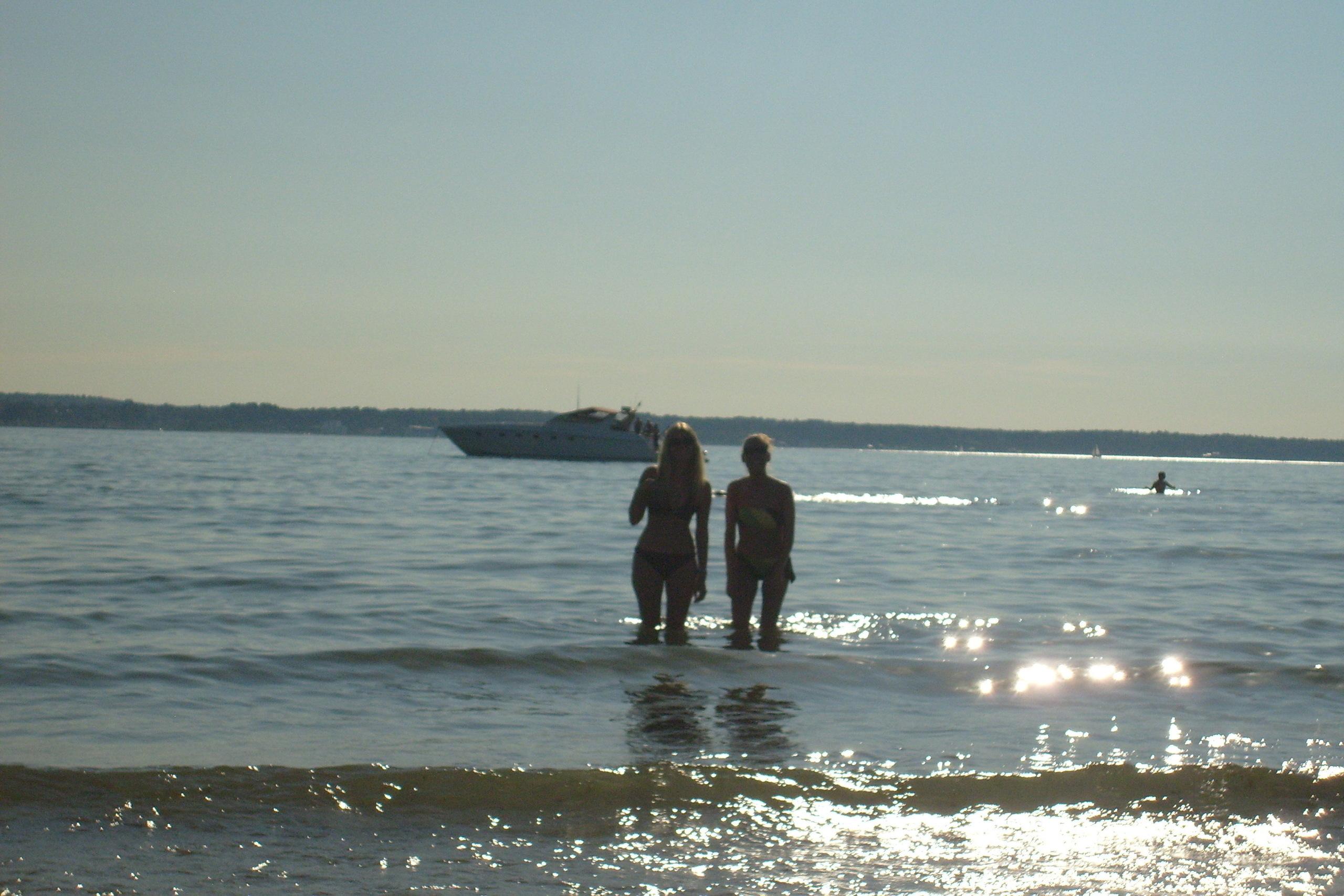 hot scandinavian beaches - HD2560×1707