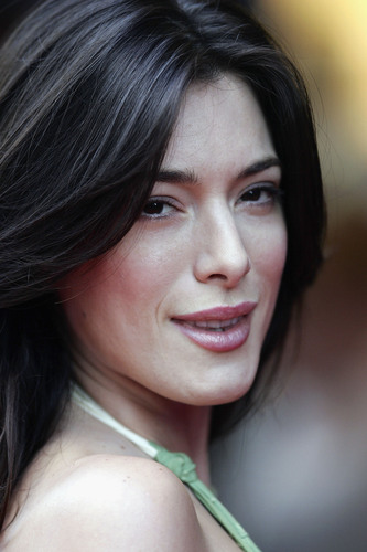 Jaime Murray  - hustle Photo