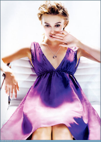 Keira Knightley Hintergrund containing a abendessen dress and a kleid entitled Keira (HQ)