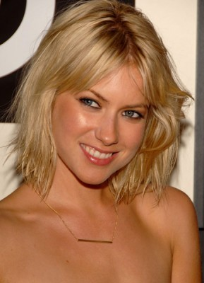 Laura Ramsey wallpaper with a portrait called Laura