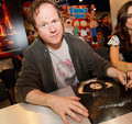2008 comic con - joss-whedon photo