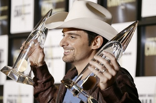 Brad Paisley wallpaper with a fedora and a boater titled Brad Paisley