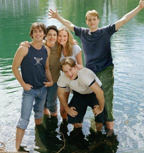 Young Americans দেওয়ালপত্র entitled Cast