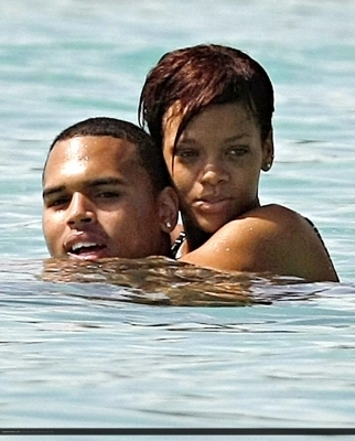 Chris & Rihanna