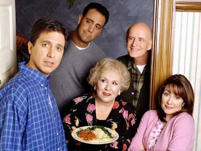 EvErYlOvEs LoVeS rAyMoNd