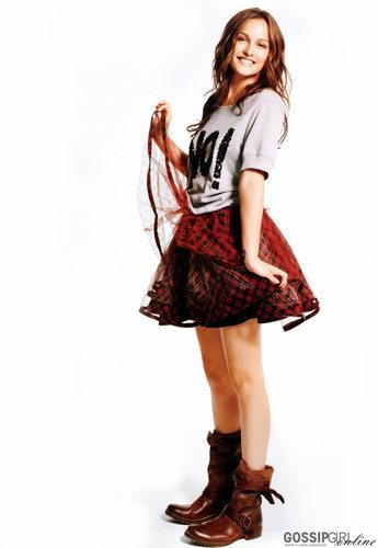 Leighton in Glamour