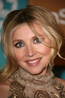 Sarah Chalke wallpaper possibly containing a fur coat and a portrait entitled Sarah