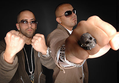 Wisin y Yandel वॉलपेपर with sunglasses entitled Wisin Y Yandel