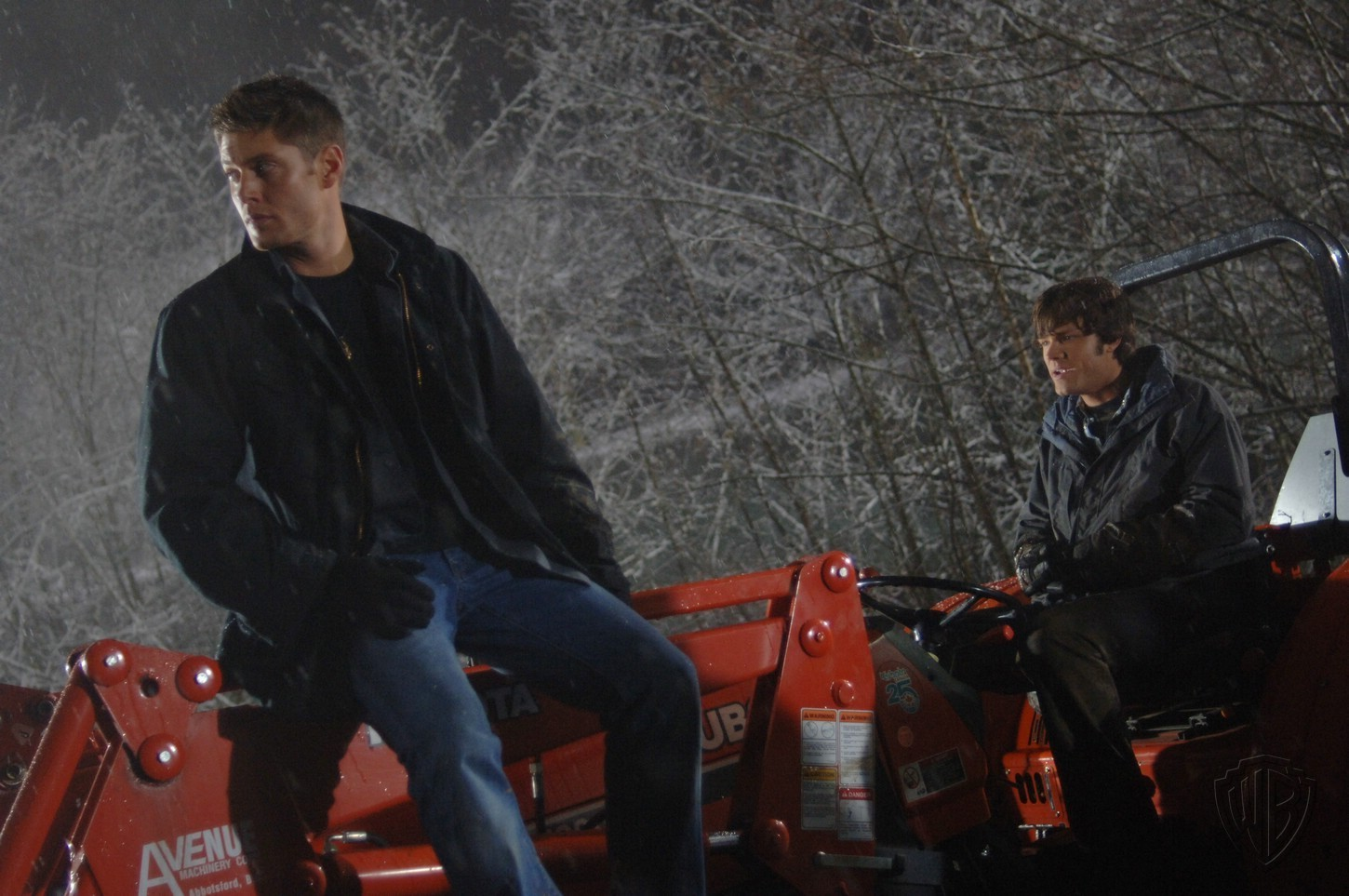 http://images1.fanpop.com/images/photos/2000000/behind-the-scenes-of-Route-666-supernatural-2047282-1450-963.jpg