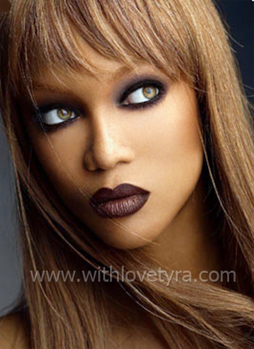 Tyra Banks wolpeyper with a portrait entitled tyra banks
