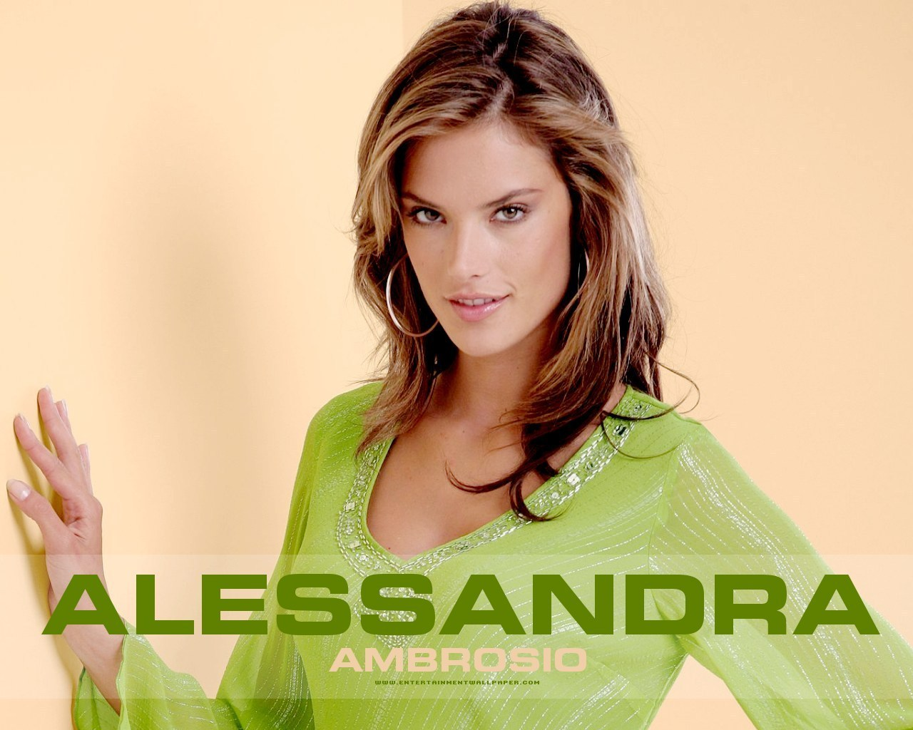 Alessandra download wallpaper