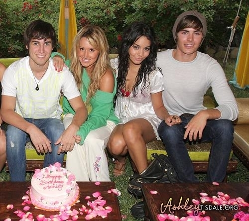 Ashley's 23rd Birthday Party - zac-efron-and-vanessa-hudgens Photo