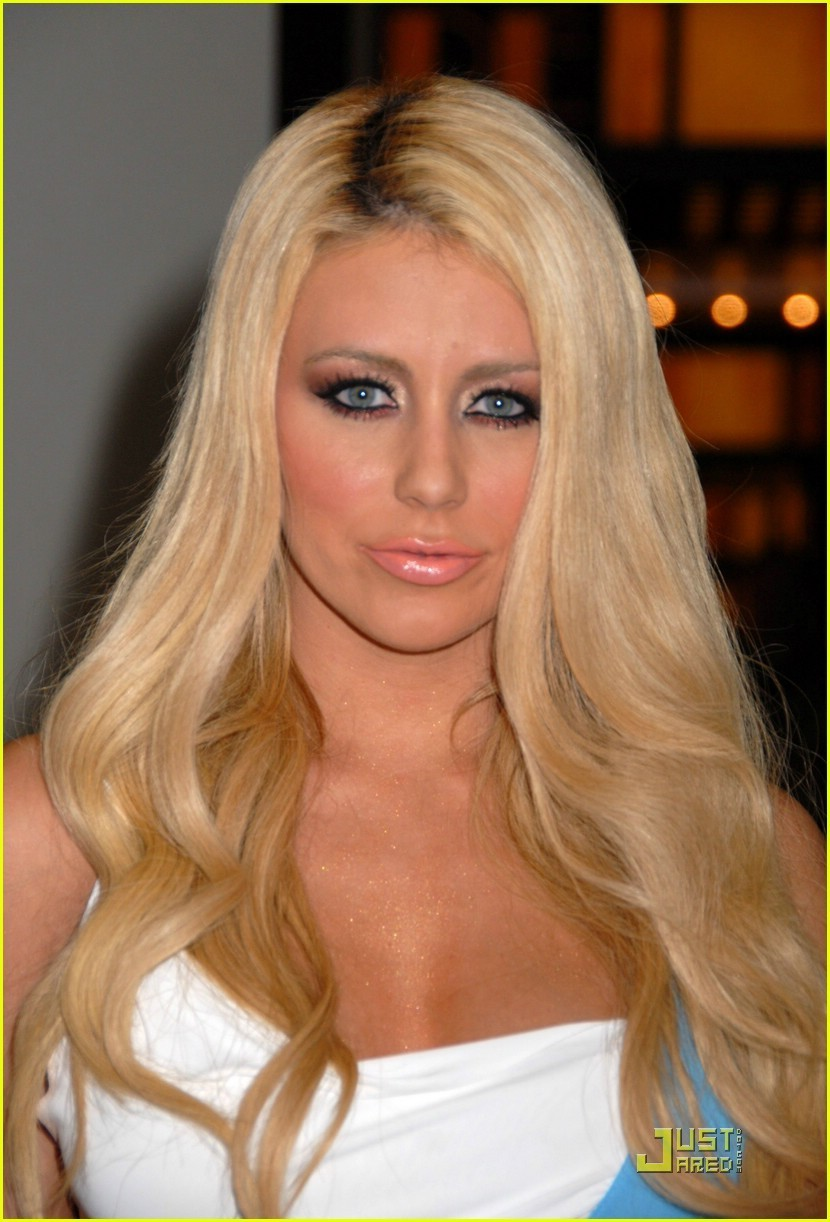 Aubrey - Aubrey O' Day Photo