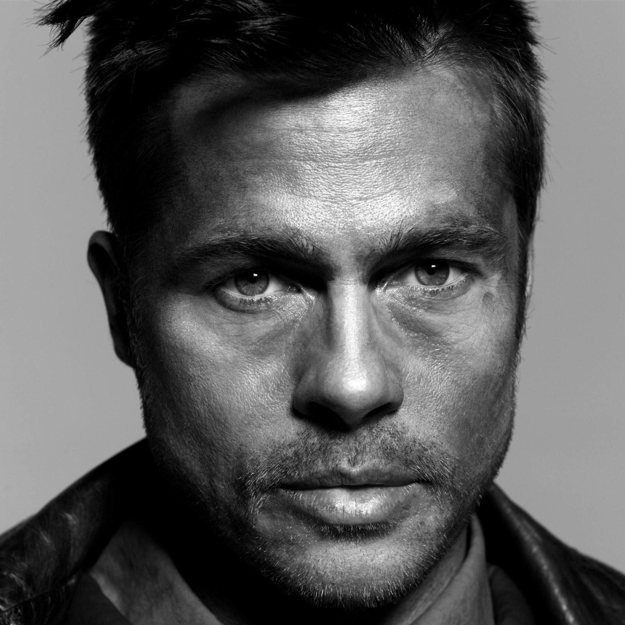 Brad Pitt - Wallpaper Hot