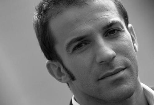 Alessandro Del Piero wallpaper probably with a business suit and a portrait titled Del Piero