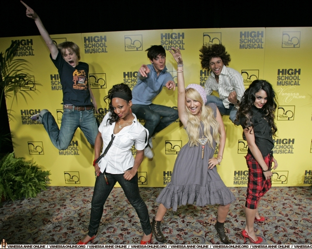 HSM Cast - High School Musical Photo (2185977) - Fanpop