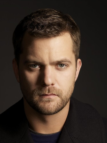 Joshua Jackson wallpaper containing a business suit and a portrait called JJ