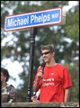 Michael Phelps 街, 街道