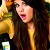 Liens de Little Angelika Selena-Gomez-selena-gomez-2151222-100-100