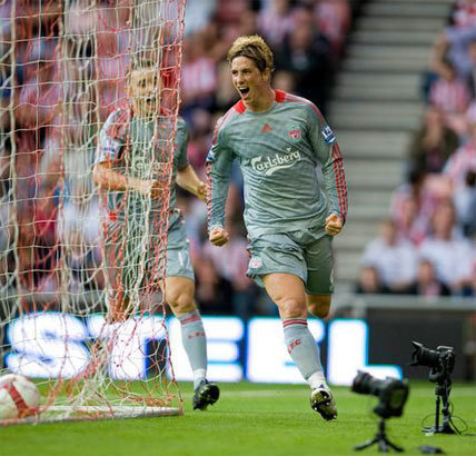 Fernando Torres wallpaper called Torres in action for Liverpool